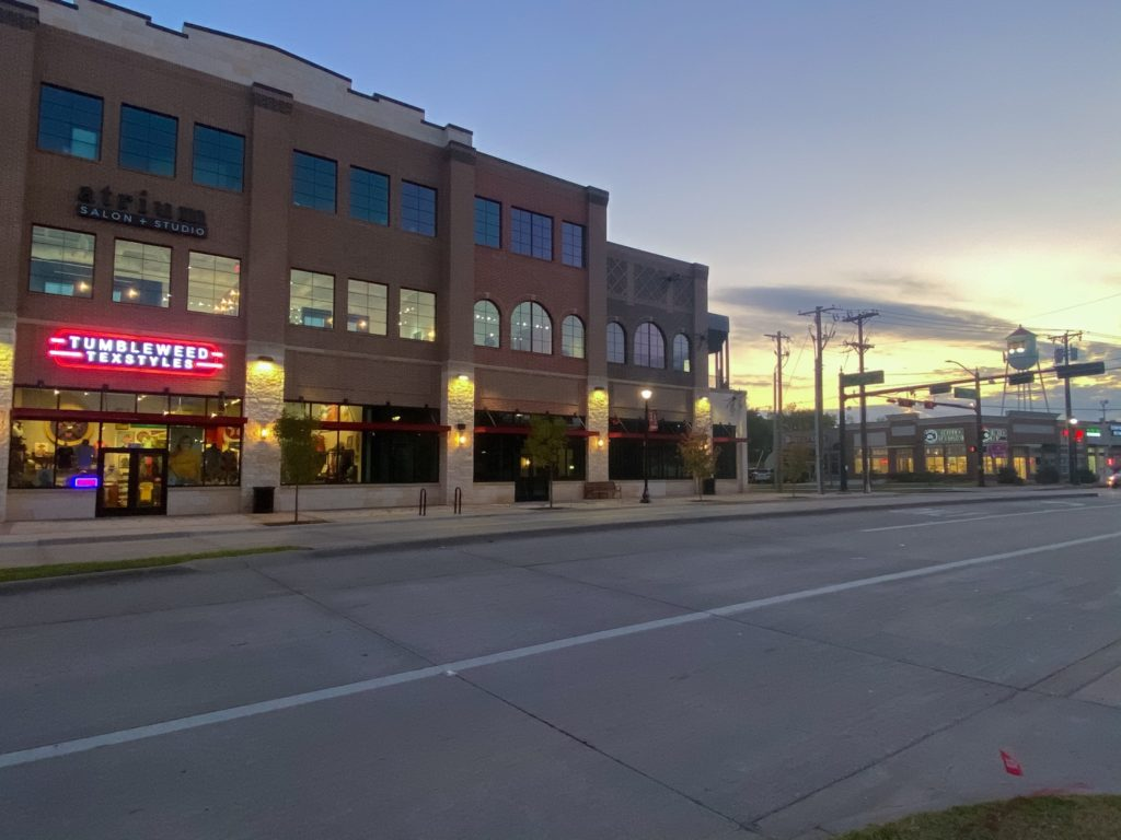 Tumbleweed Texstyles and the Frisco Sunset